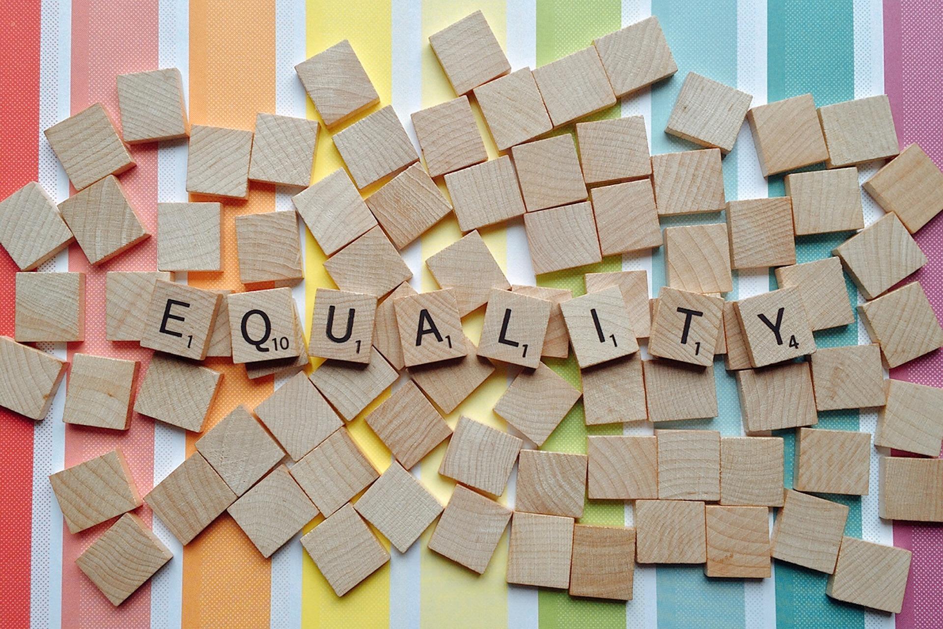 esélyegyenlőség - Equality